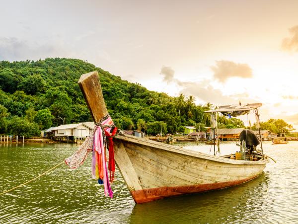 thai long tail fishing boat