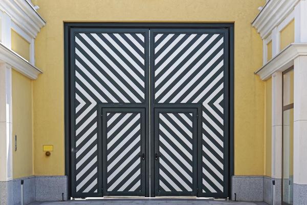 diagonal doors