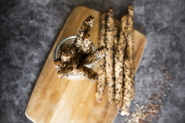 fresh italiangrissinibreadstickswith sesame flax and poppy