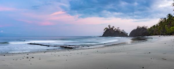 punta leona beach at sunrise puntarenas