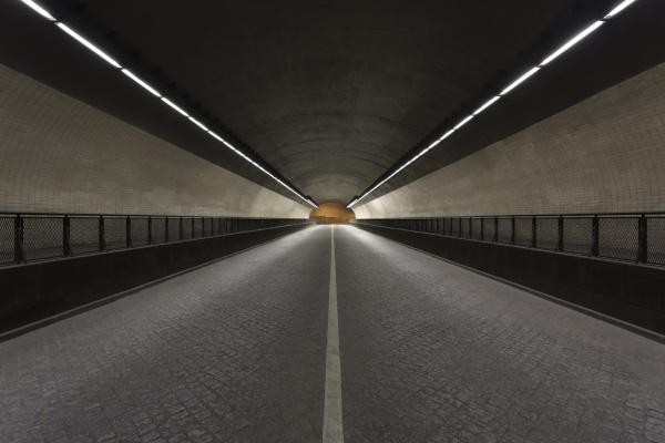 view across an empty tunel da