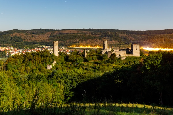 the ruin of brandenburg castle at