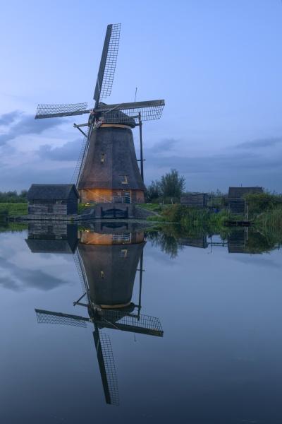 illuminated windmill at kinderdijk the netherlands