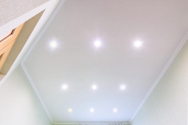 white beautiful matte stretch ceiling in