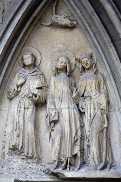 statue of saints facade of minoriten