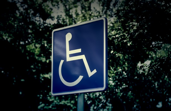 vertical handicapped sign