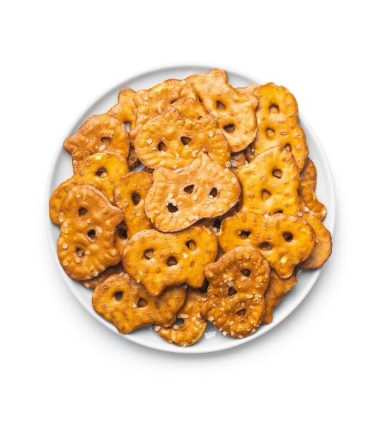salted mini flat pretzels