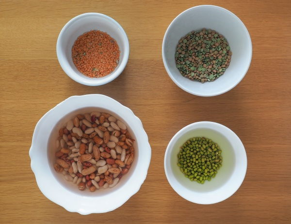 mixed beans lentils and peas