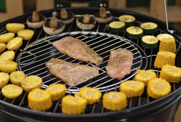 grill with potatoes turkey meat zucchini
