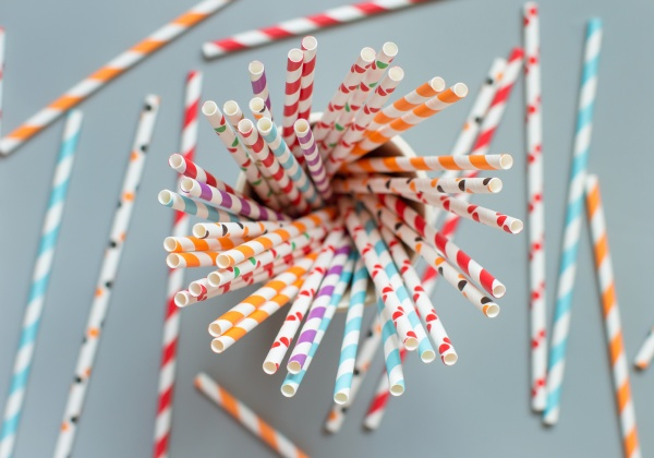 striped and dotted paper drinking straws
