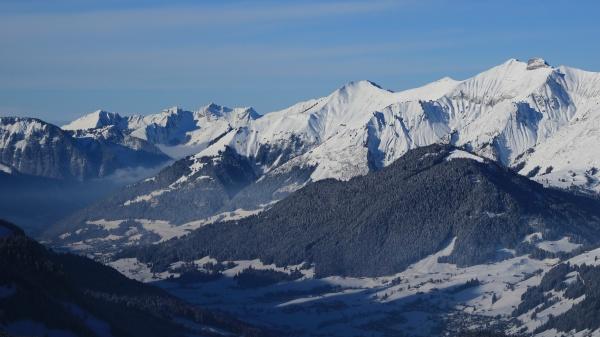 vanil noir in winter mountain range