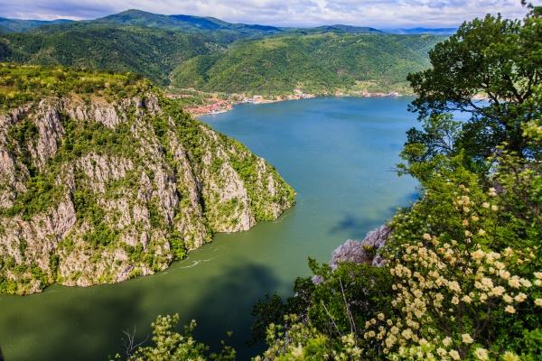 danube river landscape