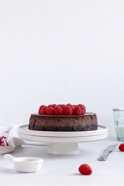 baileys cheesecake with raspberries