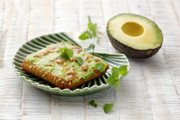 avocado bread with mustard
