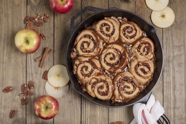 apple pecan sticky buns with caramel