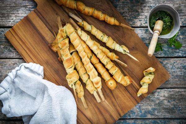 grilled mediterranean garlic bread sticks