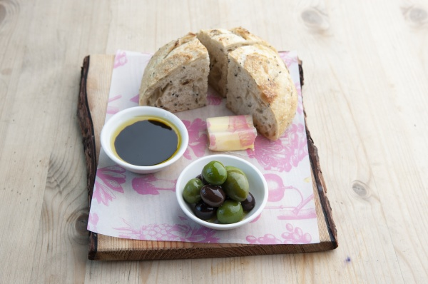 white bread with cheese olives and