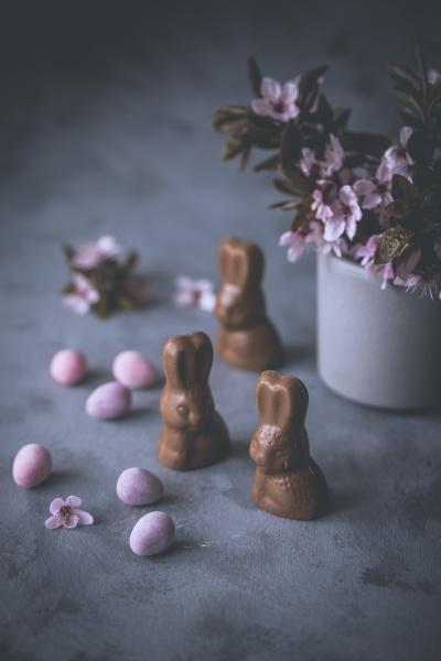 little chocolate easter bunnies