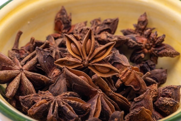 star anise in a vintage ceramic
