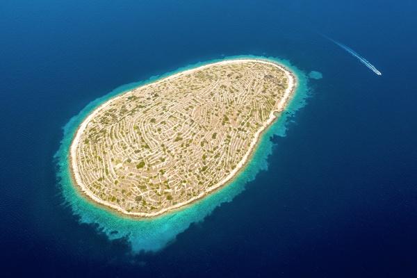 aerial view of fingerprint island