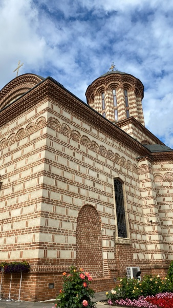 classical old romanian christian orthodox church