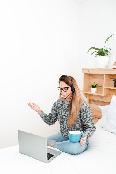 entrepreneur checking reading emails student sending