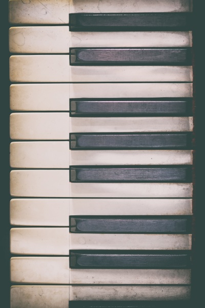 piano keyboard of a classic wooden