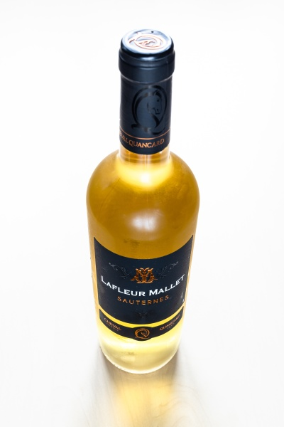 closed, bottle, of, french, sweet, wine - 30527724
