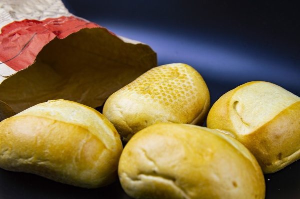 bread rolls in a paper bag
