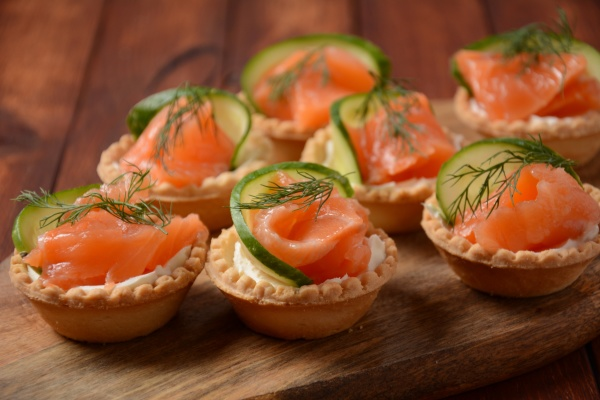 tartlets with salmon cheese