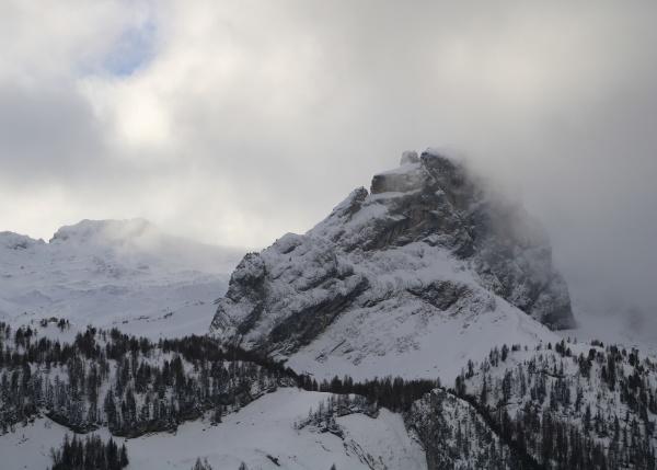 mittaghore mountain peak in the saanenland