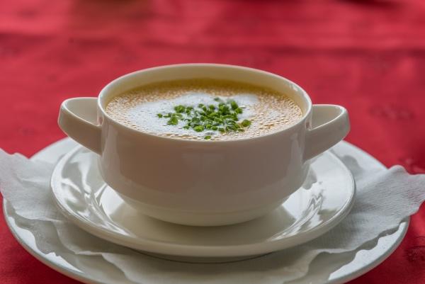 bound soup cream of tomato