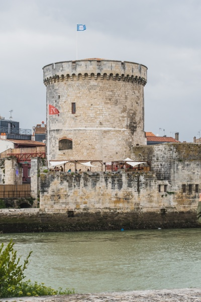 the chain tower in la rochelle