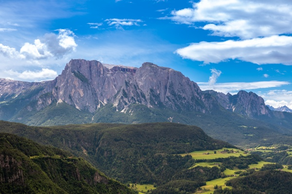view through isarco valley to schlern