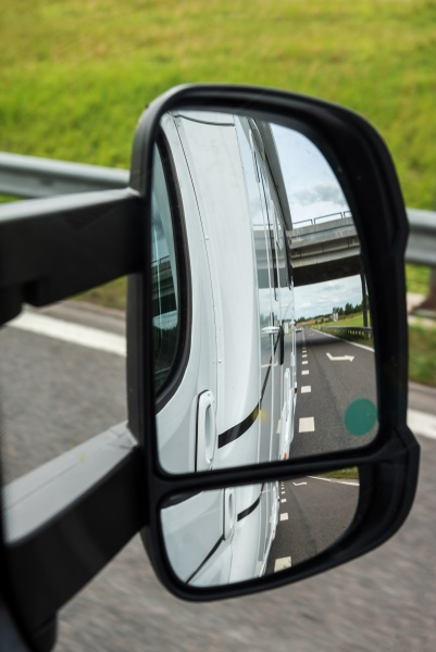 road view from the side mirror