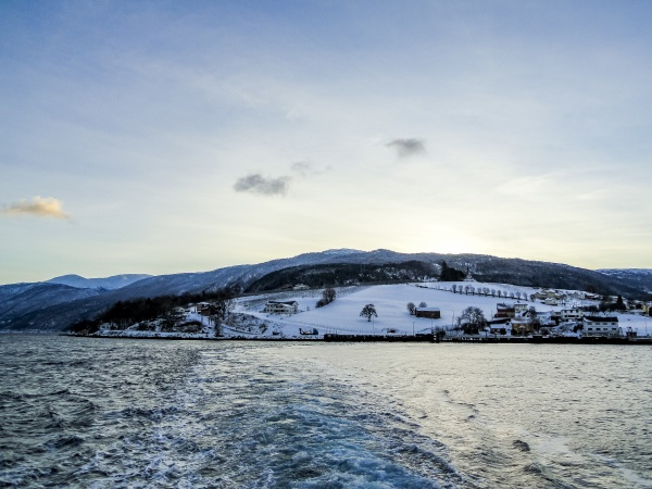 take the ferry from vangsnes to