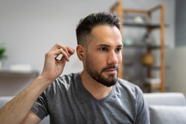 ear cleaning health hygiene