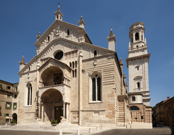facade of the catholic middle ages