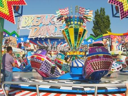 breakdance carousel