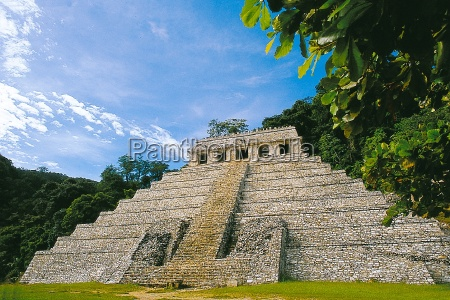 temple of the inscriptions in palenque