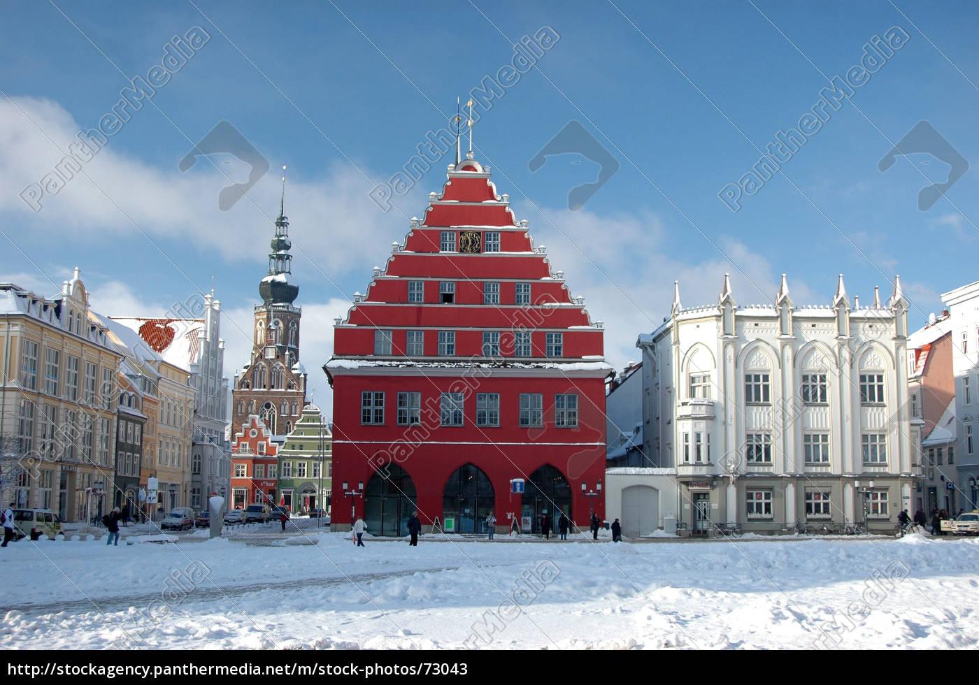 historic, market, greifswald, in, winter - 73043