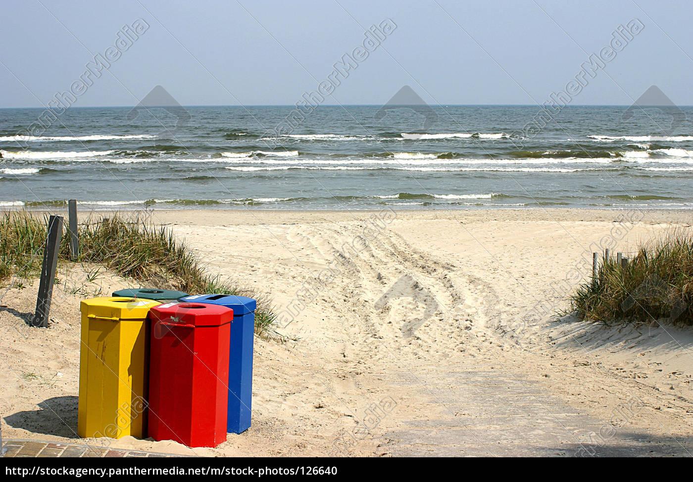 dustbin, on, the, beach - 126640