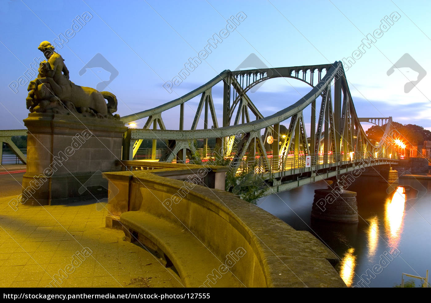 glienicker, bridge, at, night, 01 - 127555