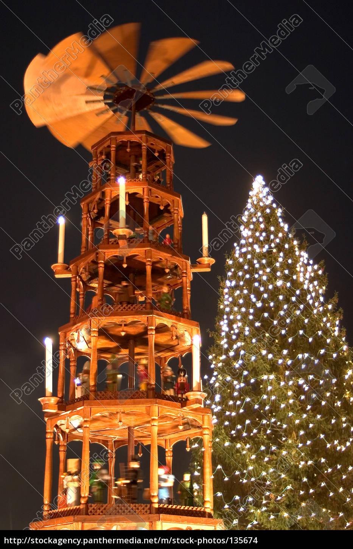 christmas, pyramid, 02 - 135674
