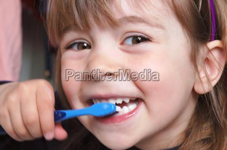 brush, teeth - 144446