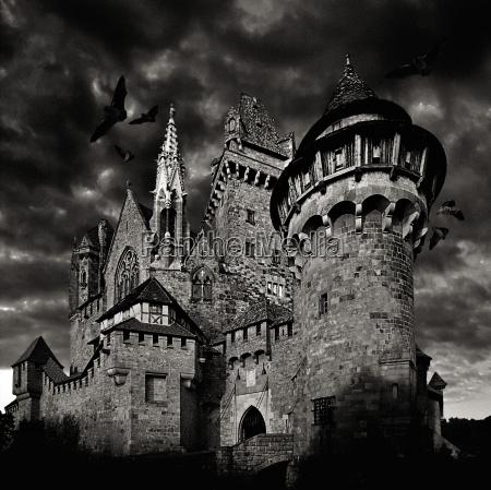 dawn, on, kreuzenstein, castle - 144181