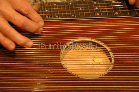 on the zither