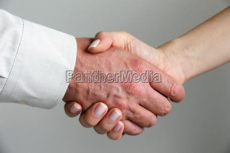 hands - 190155