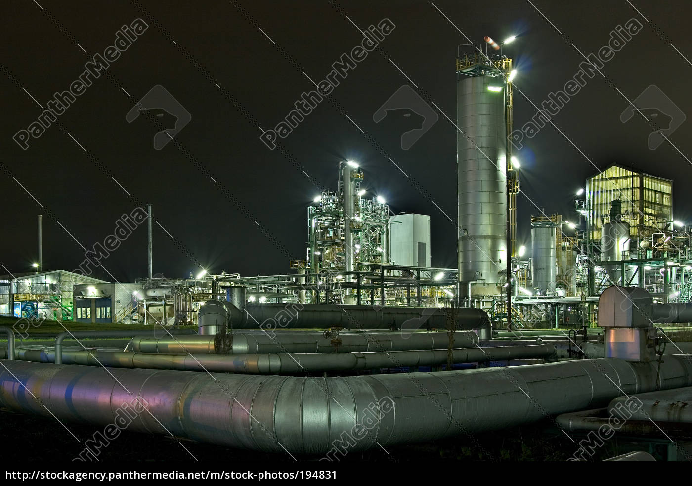 chemical, plant, at, night - 194831