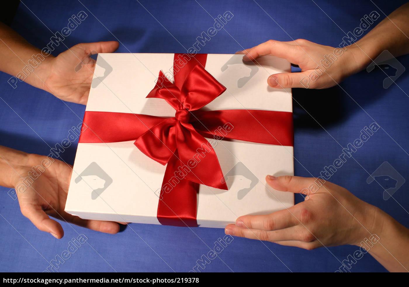 gift, 9 - 219378